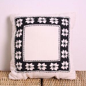 NEW Hearth & Hand Nordic Star Linen Throw Pillow